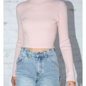 Brandy Melville Brett TurtleNeck Top